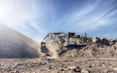 Filming for the Liebherr R 9600 Mining Excavator launch video